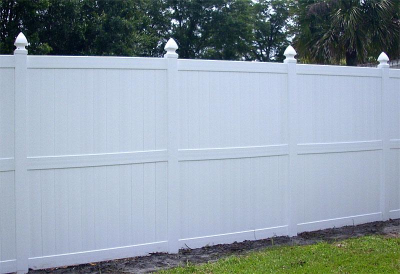 White vinyl fences fence gate
