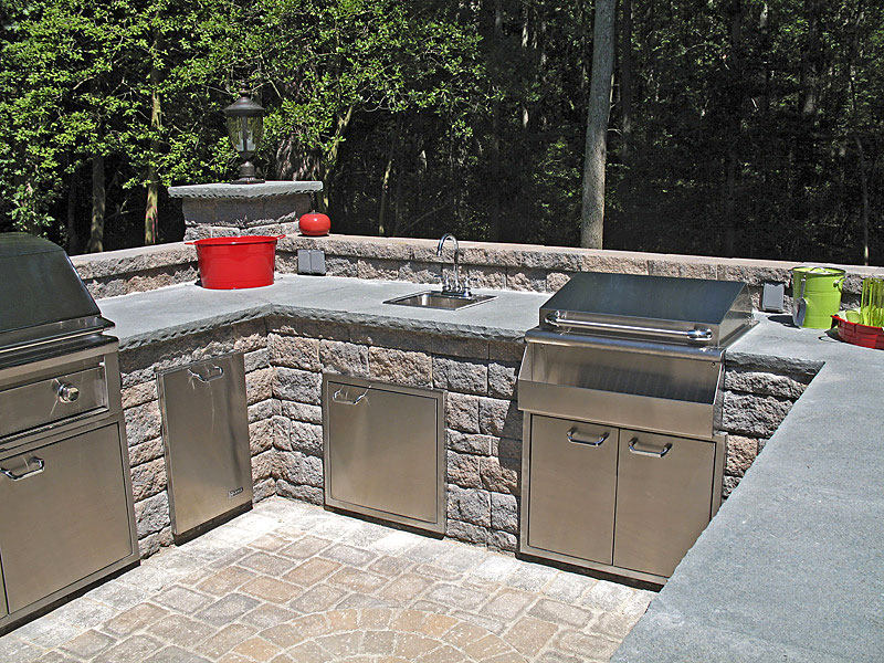 Outdoor kitchens and summer kitchens idea photo gallery enhance idea gallery outdoor kitchens solutioingenieria Gallery