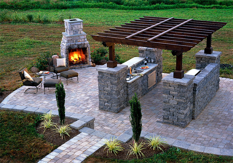 Outdoor Kitchens and Summer Kitchens Idea & Photo Gallery ...