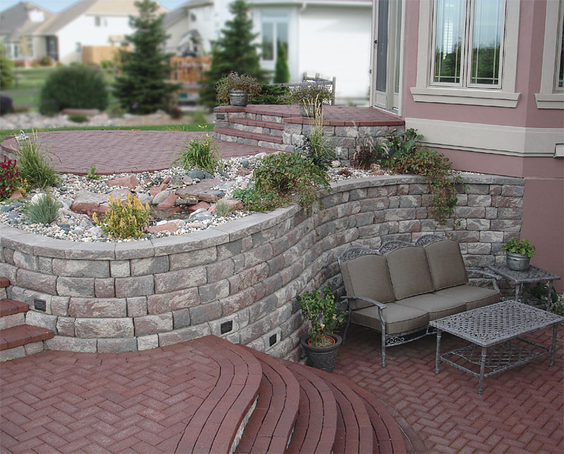 Retaining Walls And Seating Enhance Pavers Retaining