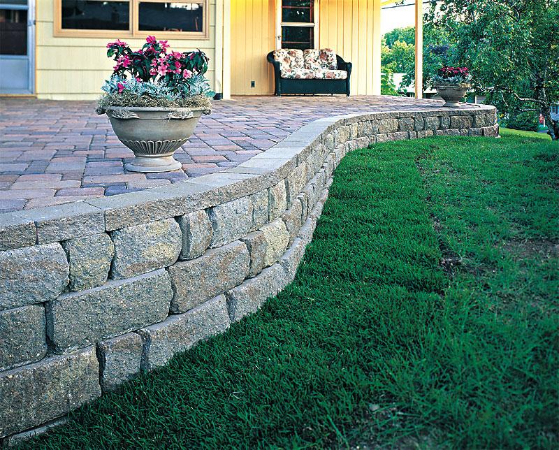 retaining walls and seating enhance pavers retaining walls